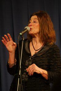 Heidi Burtenshaw, Gabriola Musician